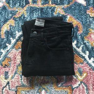 EVERLANE | Black high rise skinny jean